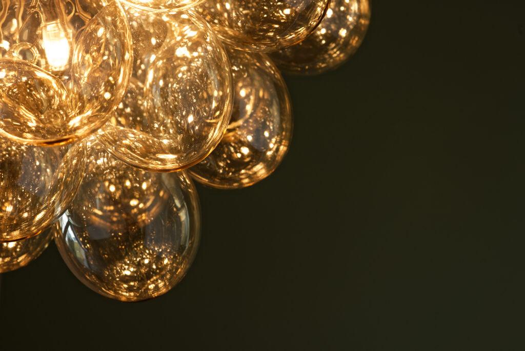 lampa z okrągłymi kloszami