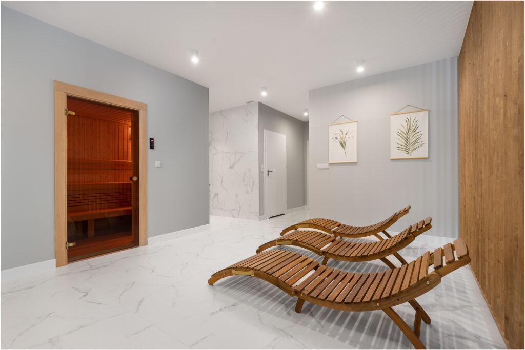 sauna ze strefą wypoczynkową